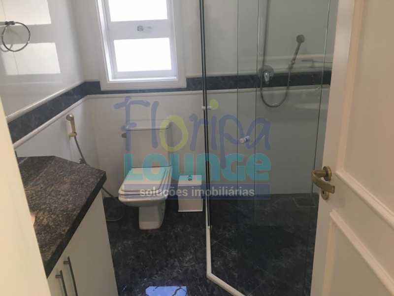 BANHEIRO - Casa a venda no bairro Jurerê Internacional em Florianópolis. - JUR4C2224 - 18