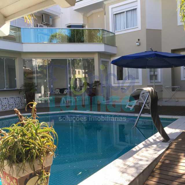 PISCINA - Casa a venda no bairro Jurerê Internacional em Florianópolis. - JUR4C2224 - 3