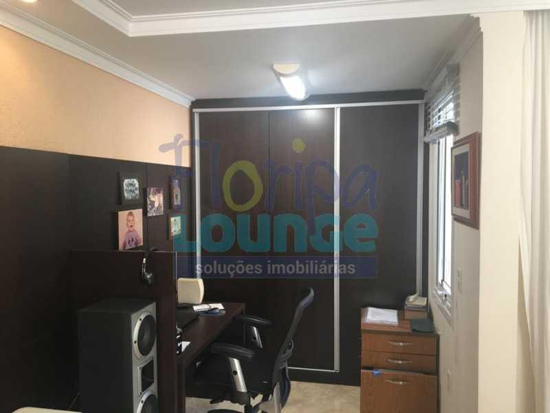 ESCRITÓRIO - Casa a venda no bairro Jurerê Internacional em Florianópolis. - JUR4C2224 - 17