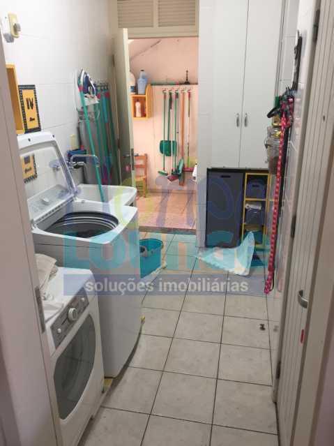 ÁREA DE SERVIÇO - CASA ALTO PADRÃO NO JARDIM ACHIETA COM 3 DORMITÓRIOS - COR3C2272 - 23