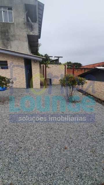 QUINTAL - CASA NO BAIRRO IPIRANGA SÃO JOSÉ - IPI3C2047 - 14