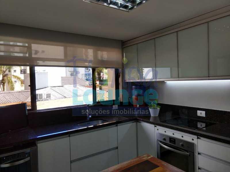 Cozinha - Apartamento lindo mobiliado na agronômica com 3 dormitórios - AGR3AP2037 - 8