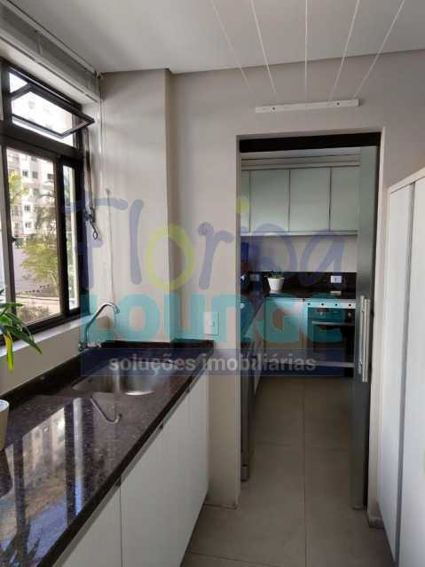 Área de Serviço - Apartamento lindo mobiliado na agronômica com 3 dormitórios - AGR3AP2037 - 9