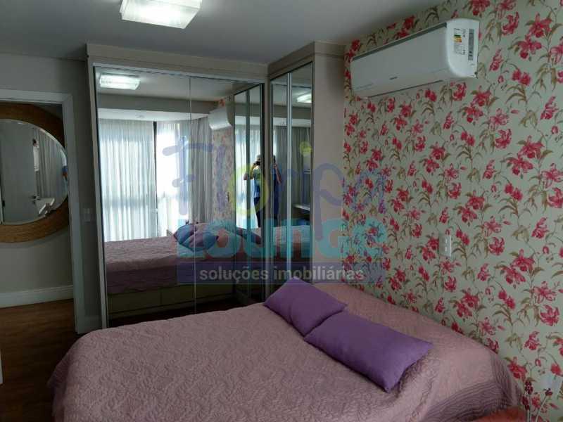 Dormitório - Apartamento lindo mobiliado na agronômica com 3 dormitórios - AGR3AP2037 - 15