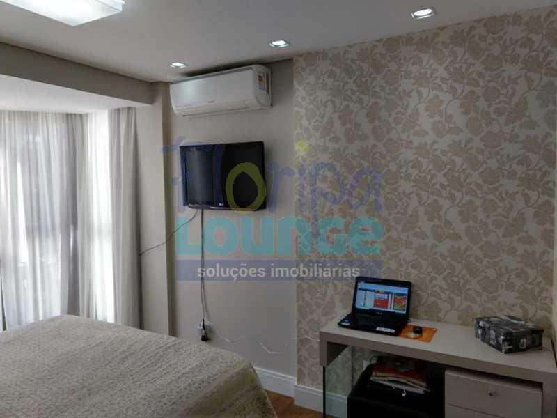Suíte - Apartamento lindo mobiliado na agronômica com 3 dormitórios - AGR3AP2037 - 16