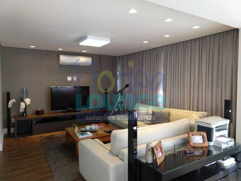 Living dois ambientes - Apartamento lindo mobiliado na agronômica com 3 dormitórios - AGR3AP2037 - 3