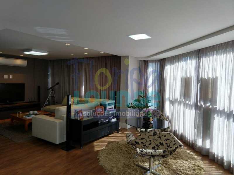 WhatsApp Image 2021-03-18 at 1 - Apartamento lindo mobiliado na agronômica com 3 dormitórios - AGR3AP2037 - 6