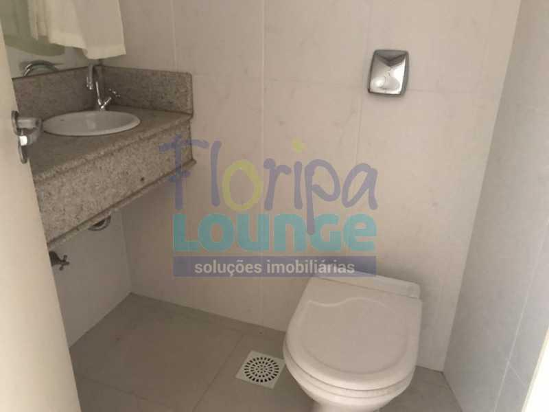 Lavabo - Apartamento À venda no bairro Agronômica em Florianópolis, com 3 quartos - AGR3AP 2042 - 5