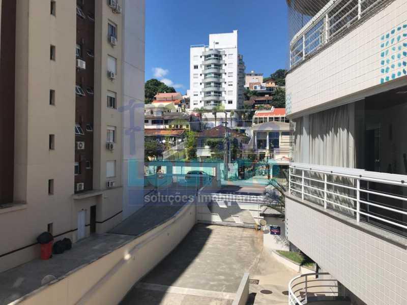 Vista da Sacada - Apartamento À venda no bairro Agronômica em Florianópolis, com 3 quartos - AGR3AP 2042 - 18