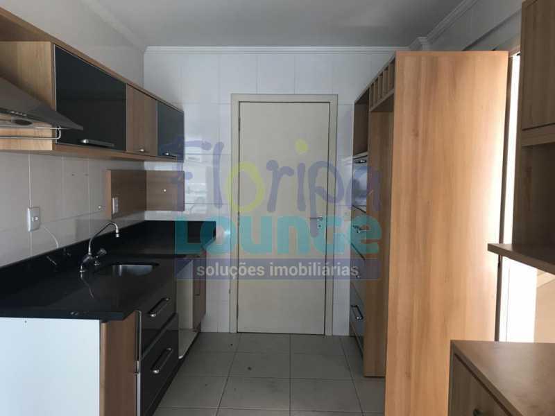 Cozinha - Apartamento À venda no bairro Agronômica em Florianópolis, com 3 quartos - AGR3AP 2042 - 6