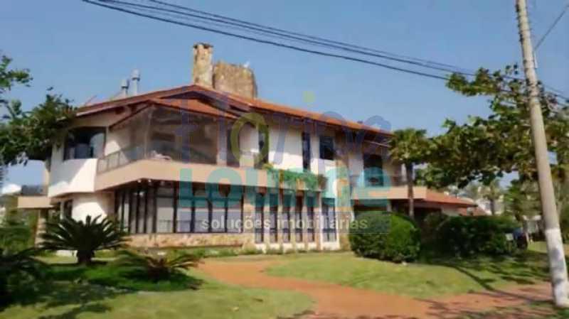 Fachada - Belíssima Mansão Mobiliada com 05 Suítes em Jurerê, Florianópolis! - JUI5C2047 - 1