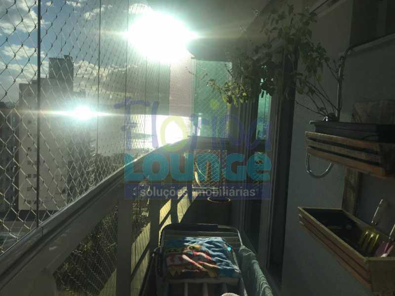 Vista da sacada - 3 SUÍTES AO LADO DO SHOPPING BEIRA MAR - AGR3AP2050 - 18