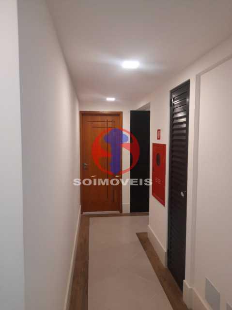 corredor elevador - Apartamento 1 quarto à venda Maracanã, Rio de Janeiro - R$ 460.000 - TJAP10309 - 12