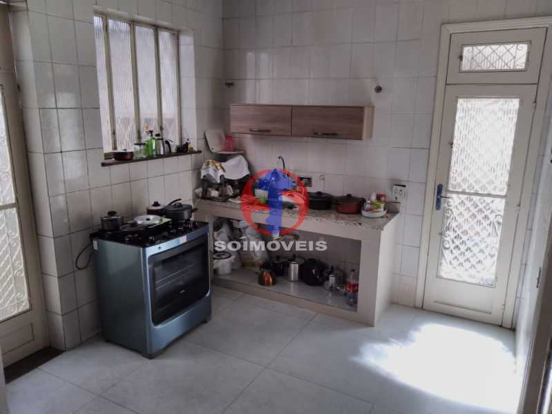 Cozinha - Casa 7 quartos à venda Grajaú, Rio de Janeiro - R$ 740.000 - TJCA70007 - 10
