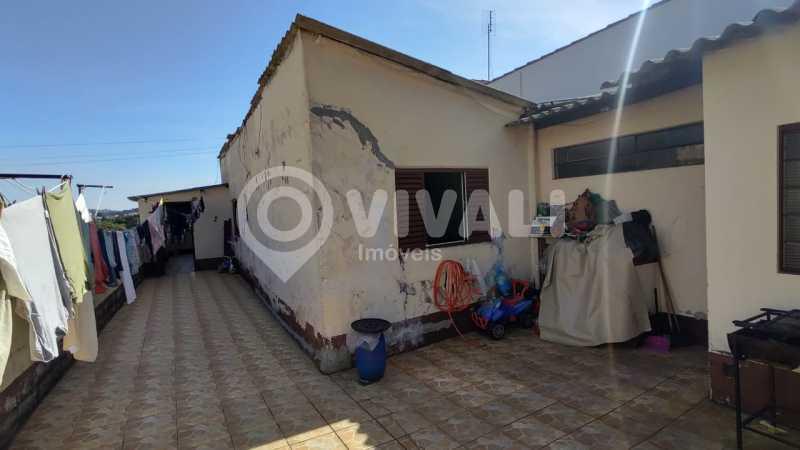 Residência quintal área de s - Casa 3 quartos à venda Itatiba,SP - R$ 375.000 - VICA30025 - 14