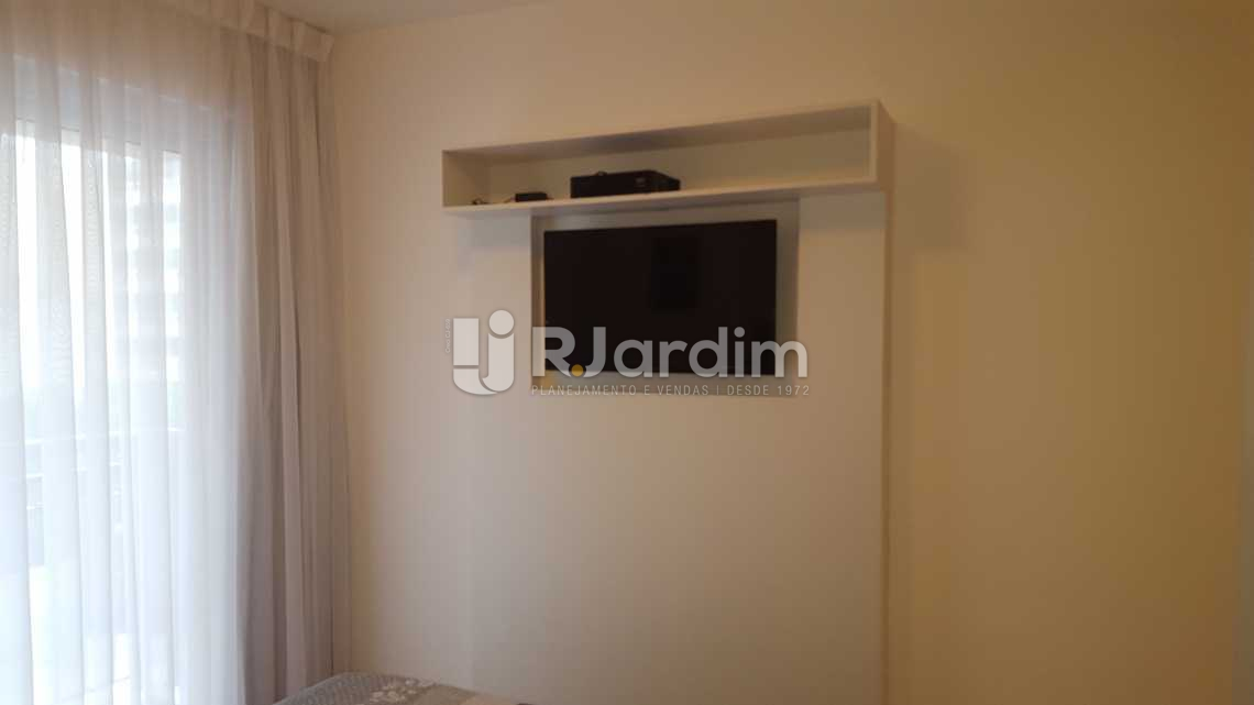 1ª SUÍTE  - Aluguel Administração Imóveis Flat Ipanema 2 Quartos - AP1471 - 7