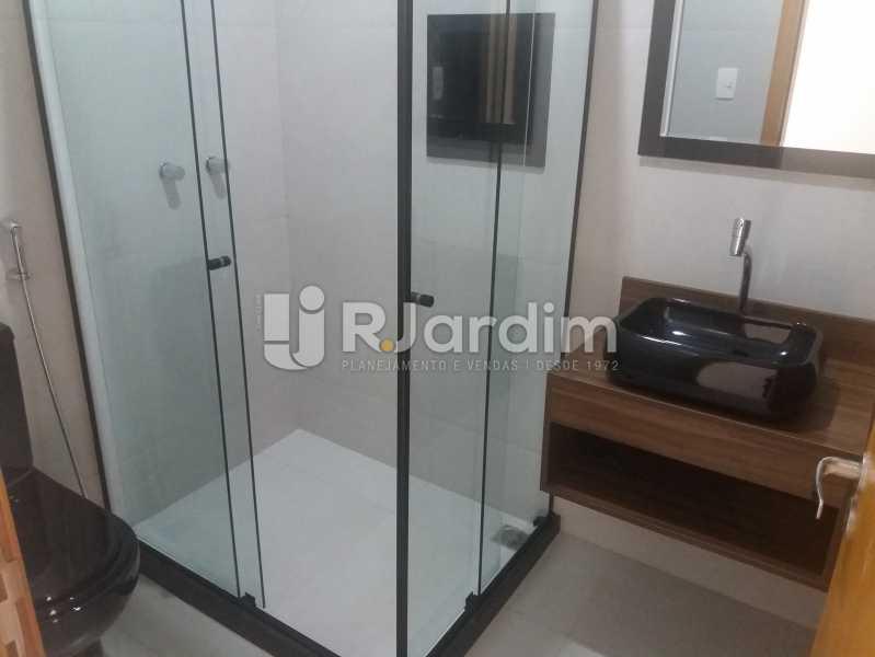 Banheiro social - Compra Venda Avaliação Imóveis Apartamento Copacabana 3 Quartos - AP1586 - 9