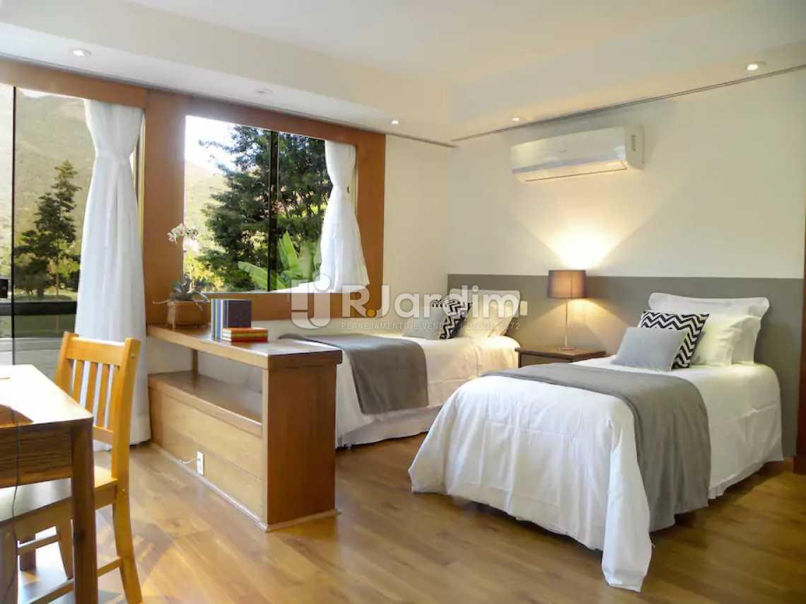 Suíte 2 - Casa em Condominio À Venda - Itanhangá - Rio de Janeiro - RJ - LACN40020 - 14