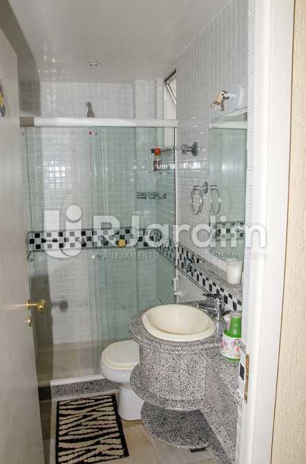 banheiro social - Compra Venda Casa Jardim Botânico 4 Quartos - CA0184 - 21