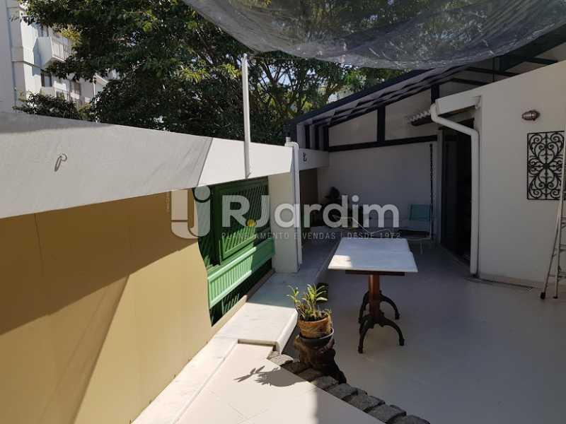 Área externa (2º andar) - Cobertura À Venda - Leblon - Rio de Janeiro - RJ - LACO20083 - 14