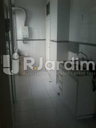 20 Cozinha e área de serviço  - Apartamento À Venda - Botafogo - Rio de Janeiro - RJ - LAAP31962 - 21
