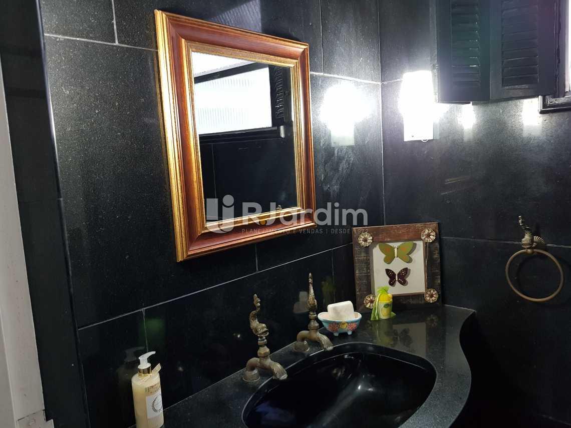 Banheiro Social 1 - Apartamento À VENDA, Copacabana, Rio de Janeiro, RJ - LAAP40044 - 16