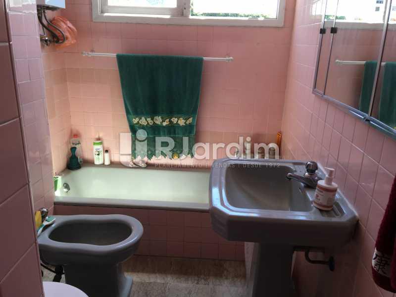 banheiro social - Apartamento À Venda - Gávea - Rio de Janeiro - RJ - LAAP30187 - 18