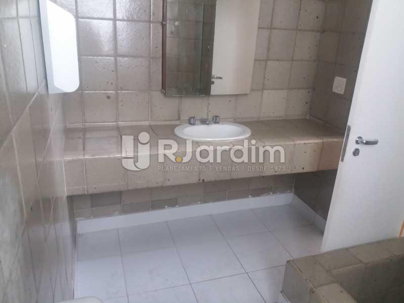 Banheiro - Casa Jardim Botânico, Zona Sul,Rio de Janeiro, RJ À Venda, 5 Quartos, 276m² - LACA50003 - 16