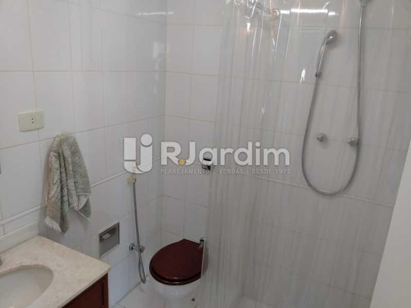 Banheiro social - Apartamento À Venda - Jardim Botânico - Rio de Janeiro - RJ - LAAP30207 - 12