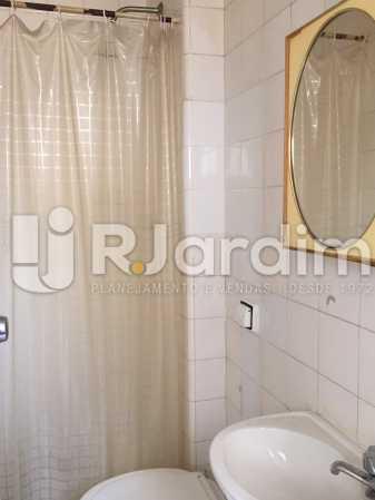 WC serviço - Apartamento À VENDA, Gávea, Rio de Janeiro, RJ - LAAP40187 - 30