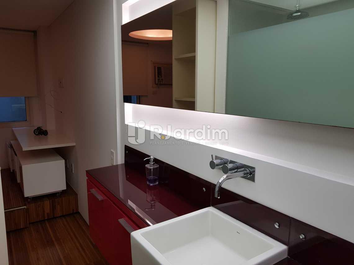 Banheiro - Flat 1 quarto à venda Lagoa, Zona Sul,Rio de Janeiro - R$ 1.200.000 - LAFL10008 - 12