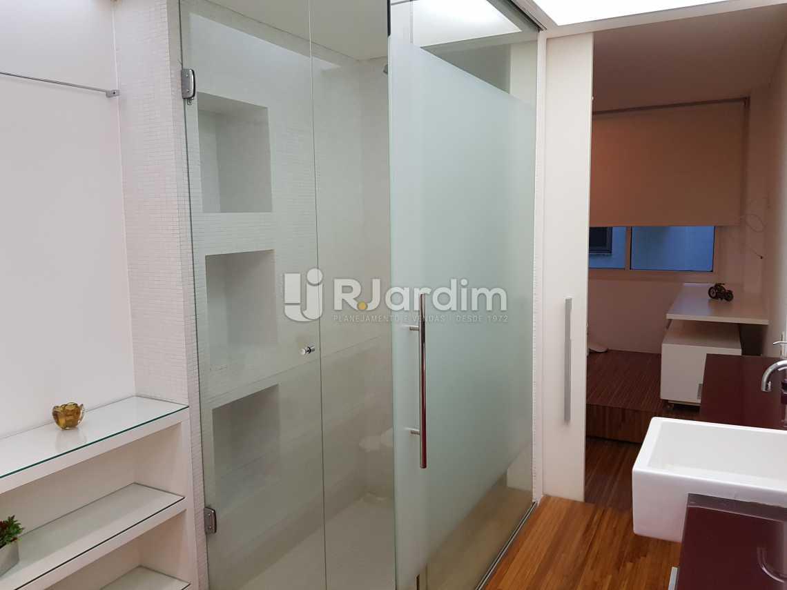 banheiro 1 - Flat 1 quarto à venda Lagoa, Zona Sul,Rio de Janeiro - R$ 1.200.000 - LAFL10008 - 14