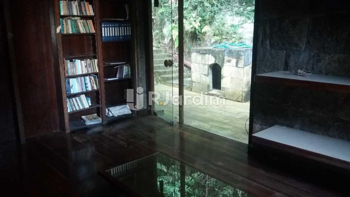 Sala Leitura - Casa Jardim Botânico - LACA50004 - 14