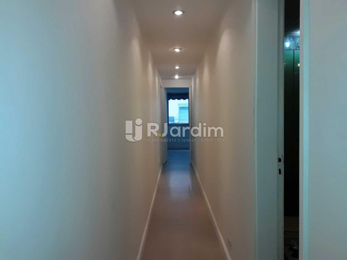 Circulação - Compra Venda Avaliação Imóveis Apartamento Leblon 3 Quartos - LAAP31192 - 9
