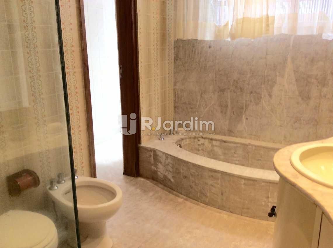 Banheiro - Apartamento PARA ALUGAR, Copacabana, Rio de Janeiro, RJ - LAAP40167 - 17