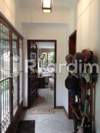 Hall entrada - Casa Cosme Velho, Zona Sul,Rio de Janeiro, RJ À Venda, 9 Quartos, 633m² - LACA90003 - 8
