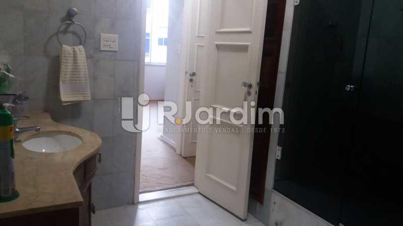 Banheiro social 1 - Apartamento 3 Quartos Copacabana Zona sul Rio de Janeiro RJ - LAAP30453 - 18