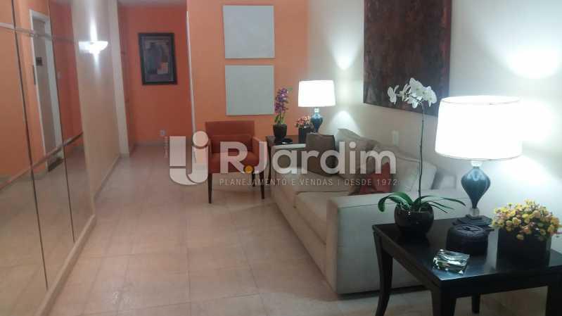 Hall prédio - Apartamento 3 Quartos Copacabana Zona sul Rio de Janeiro RJ - LAAP30453 - 19