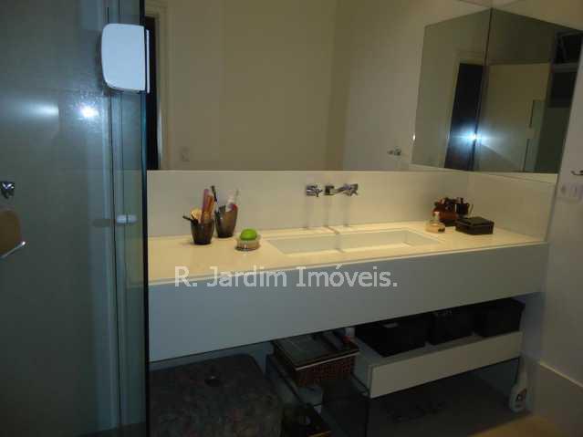 Banheiro da Suite - Cobertura À VENDA, Ipanema, Rio de Janeiro, RJ - LACO40034 - 19