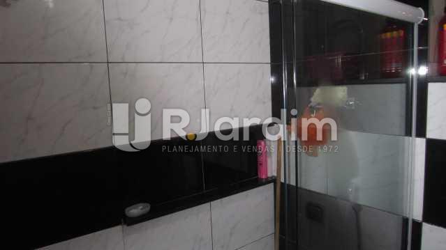 BANHEIRO SOCIAL - Apartamento À VENDA, Copacabana, Rio de Janeiro, RJ - LAAP20394 - 14