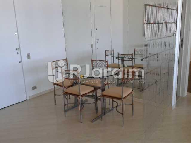 Sala janar - Apartamento PARA ALUGAR, Leblon, Rio de Janeiro, RJ - LAAP10116 - 10