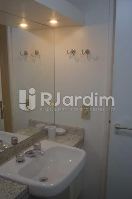 Banho suite 02 - Flat para alugar Avenida Vieira Souto,Ipanema, Zona Sul,Rio de Janeiro - R$ 10.000 - LAFL20013 - 17
