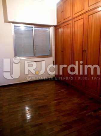 08 - Um dos 3 quartos - Cobertura Leblon, Zona Sul,Rio de Janeiro, RJ À Venda, 3 Quartos, 192m² - LACO30082 - 19