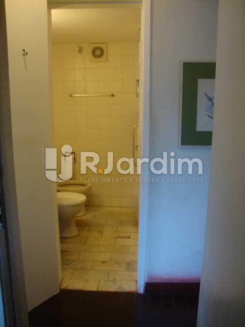F1 BANHEIRO SOCIAL - Imóveis Compra Venda Avaliação Apartamento Lagoa 4 Quartos - LAAP40277 - 13