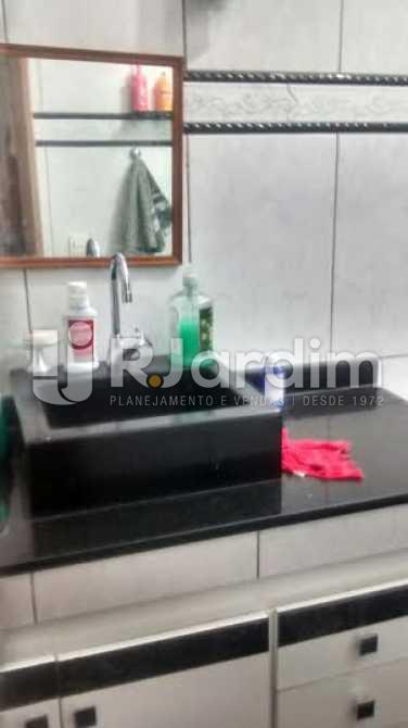 Banheiro - Apartamento À VENDA, Copacabana, Rio de Janeiro, RJ - LAAP30620 - 8