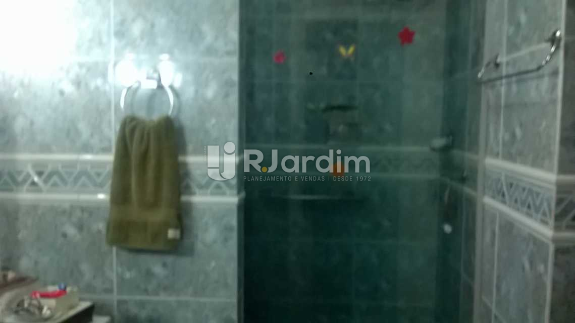 Banheiro Social1 - Apartamento Copacabana 4 Quartos Compra Venda Avaliação - LAAP40287 - 15