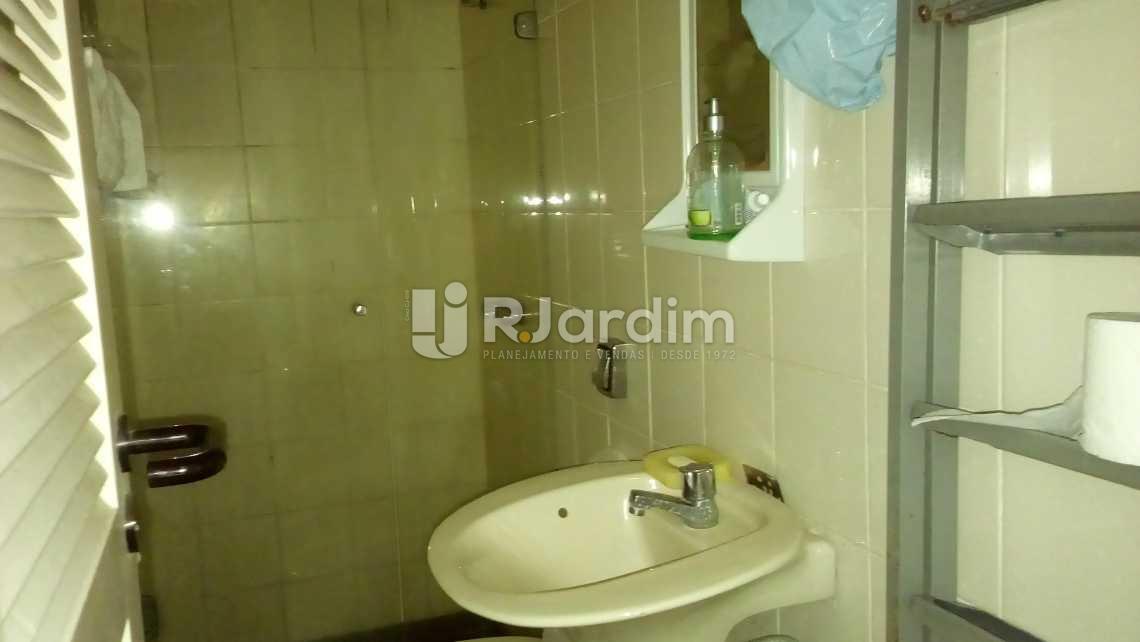 banheiro de empregada - Apartamento À VENDA, Ipanema, Rio de Janeiro, RJ - LAAP40326 - 27