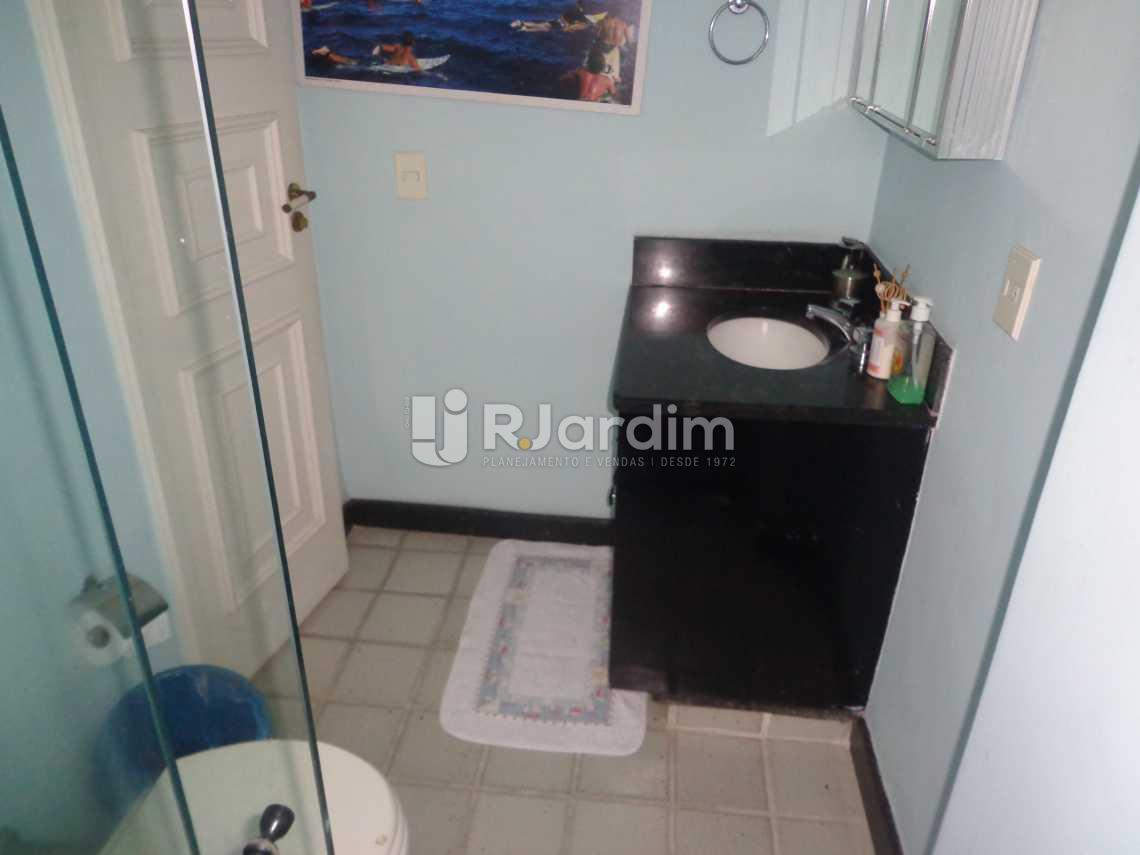 banheiro suíte 2 - Apartamento À VENDA, Fonte da Saudade, Lagoa, Rio de Janeiro, RJ - LAAP40333 - 13