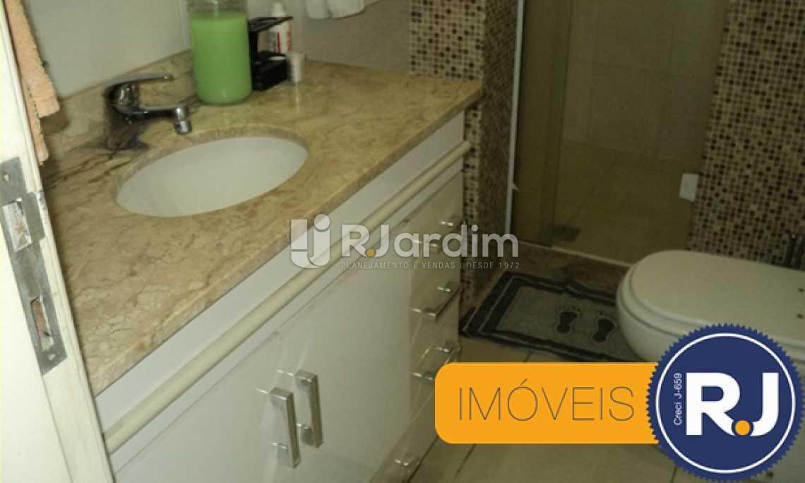 Banheiro suite - Apartamento À VENDA, Copacabana, Rio de Janeiro, RJ - LAAP30741 - 24