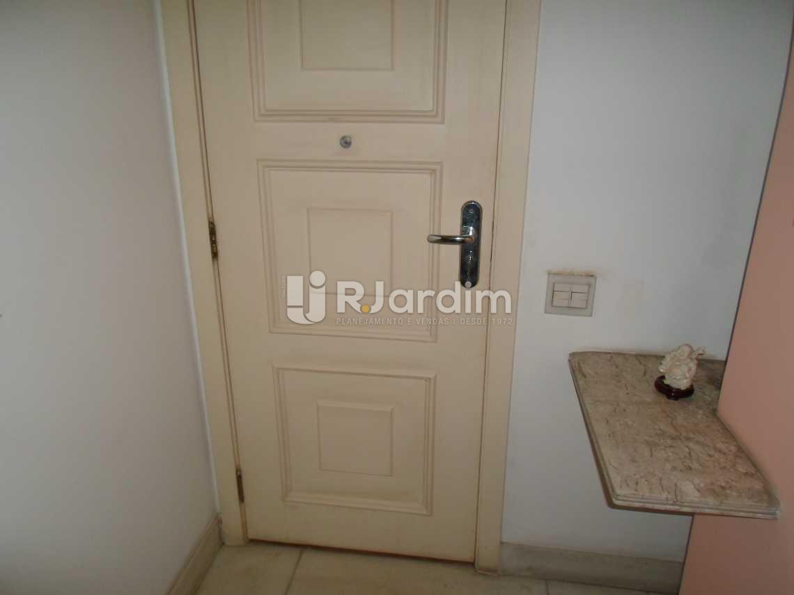 Hall - Imóveis Compra e Venda Leblon 3 Quartos - LAAP30761 - 22